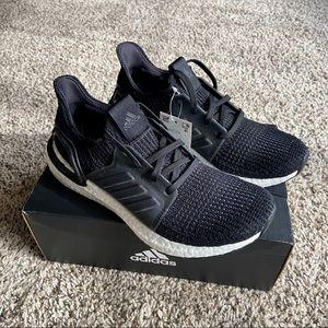 【NWT】Adidas Ultraboost 19 Running Shoes Black